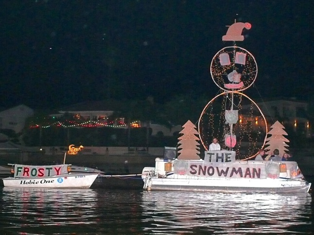Annual Parade of Lights lights up waterways