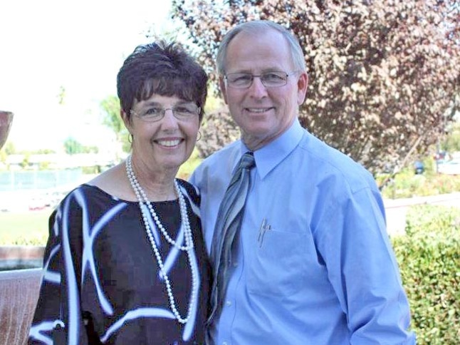 Canyon Lake Community Church celebrates pastors