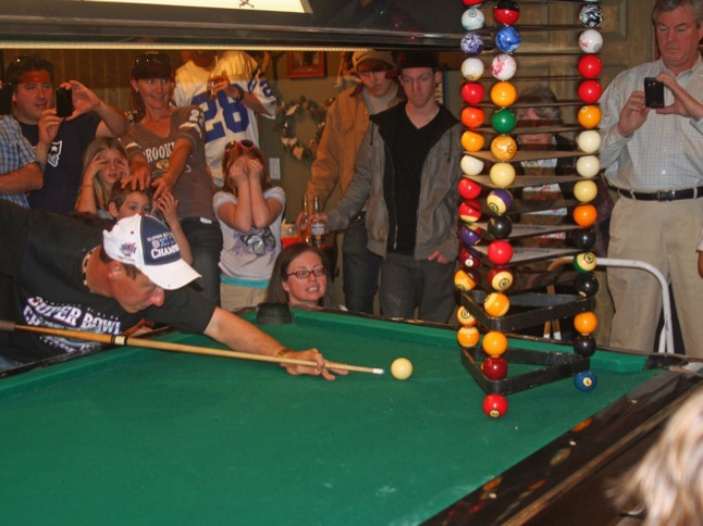 Chef Anton breaks world record with pool shot