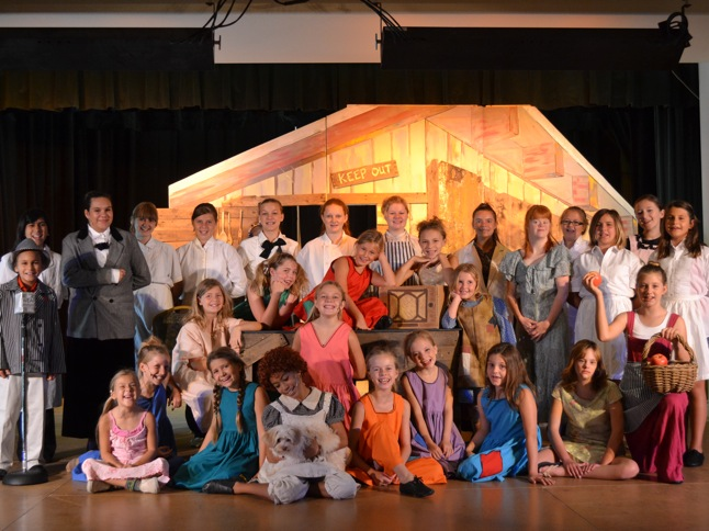 'Annie Jr.' opens tonight at the Lodge