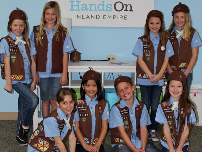 Brownie Troop takes time to help others