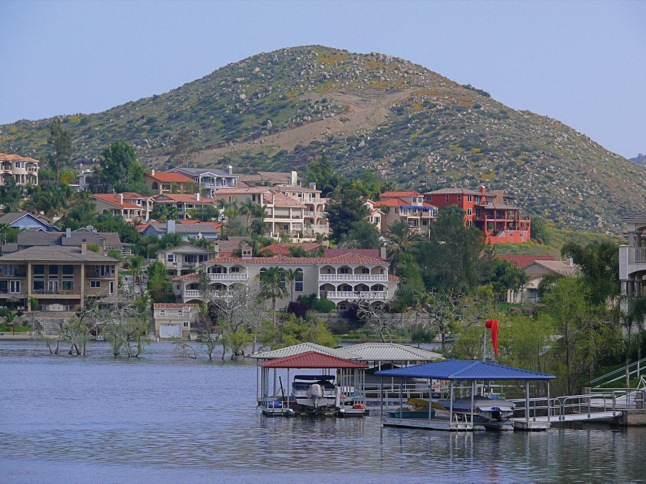 Two measures could affect Canyon Lake's future