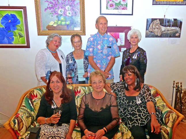 Art gala draws an appreciative crowd