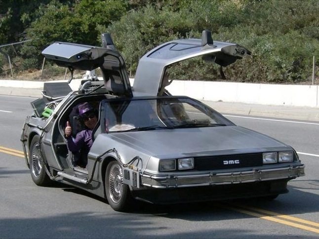 DeLorean Time Machine to be in Towne Center Sunday