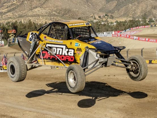 Lake Elsinore hosts opening round of off road racing