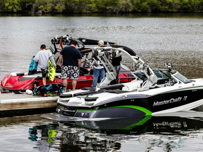 Wakeboard Club hosts 'Learn To Ride' Clinic