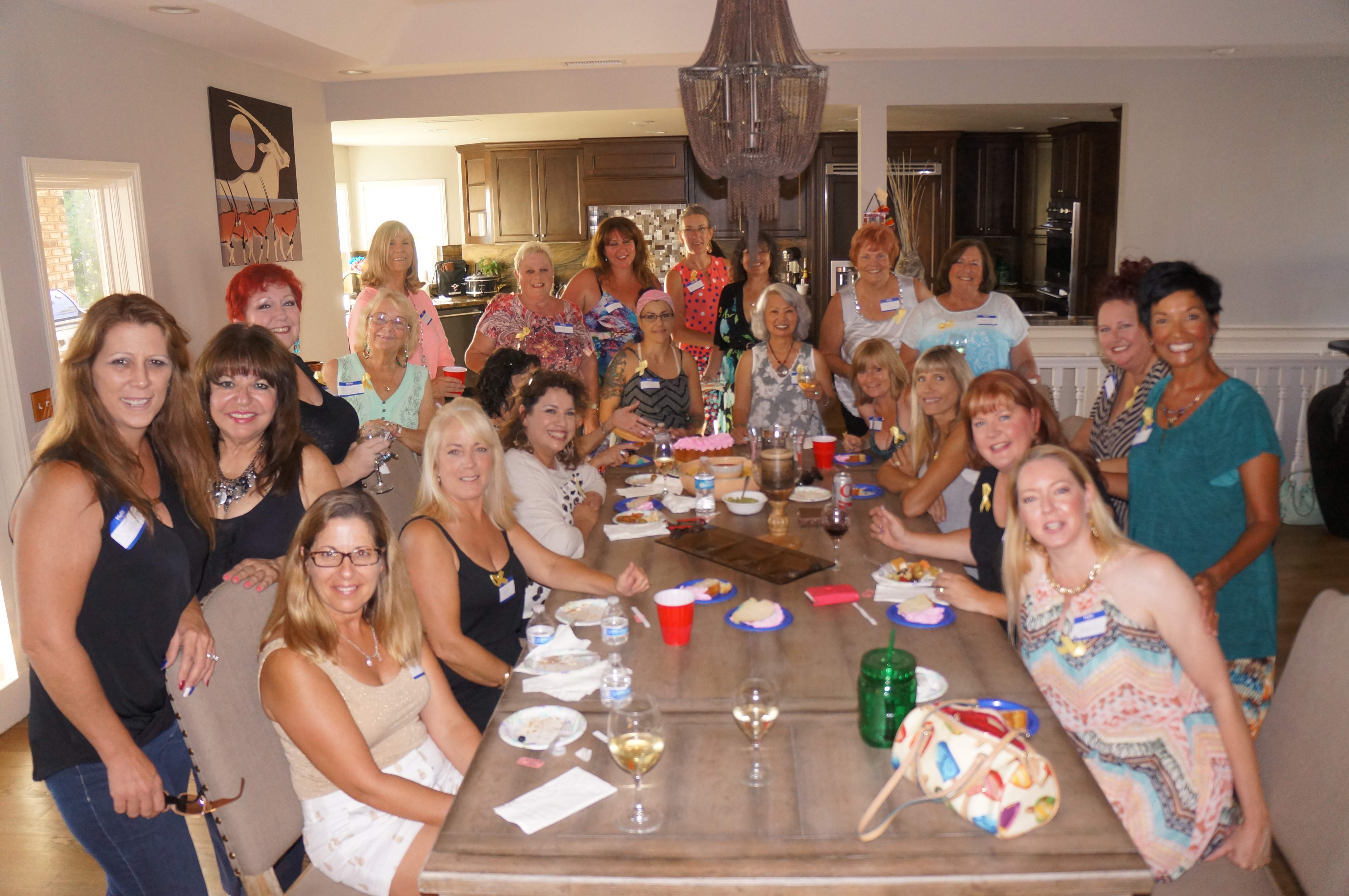 'Dining with Friends' dinner raises $400 for Baine family