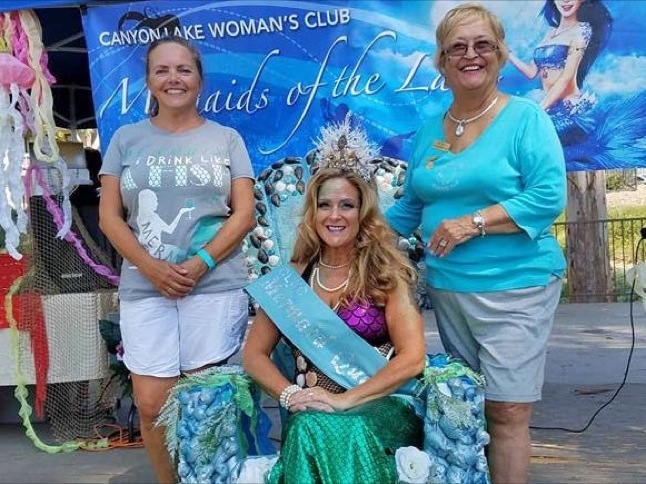 Dana Coolbaugh is crowned CLWC Mermaid Queen
