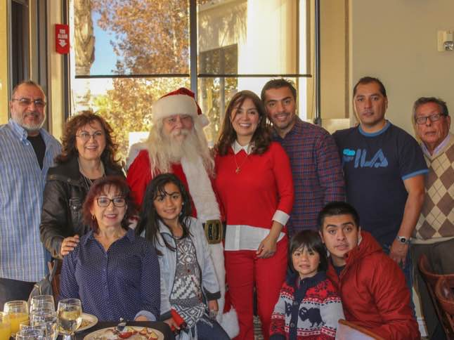 Families enjoy a jolly brunch with Santa at Lodge